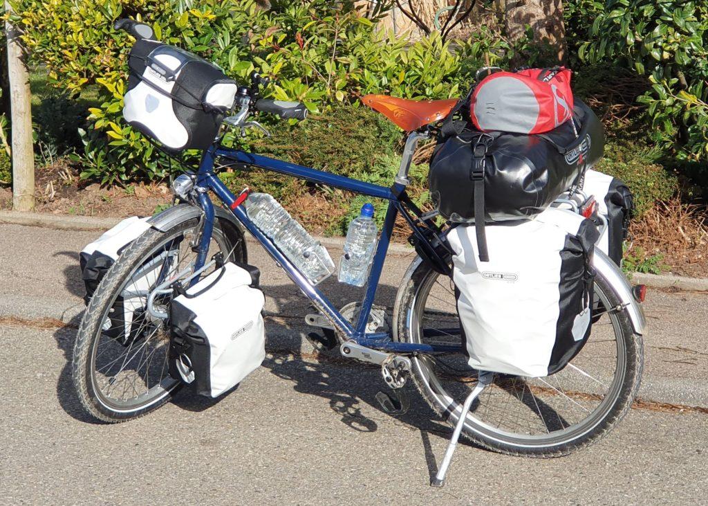 Das Reiserad bepackt