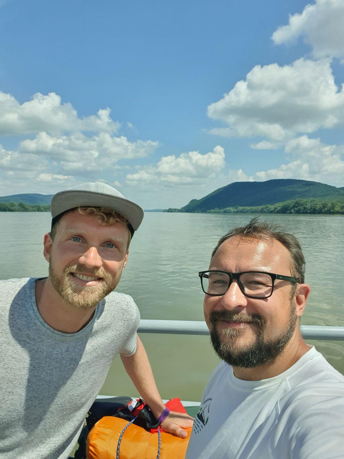 Fährüberfahrt an der Donau mit Felix
