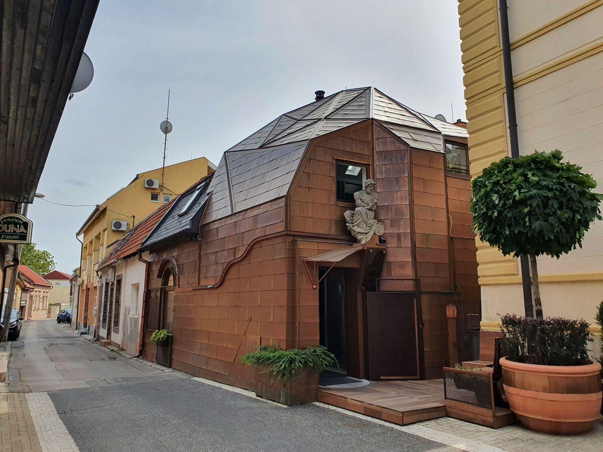 Komárno Tin House