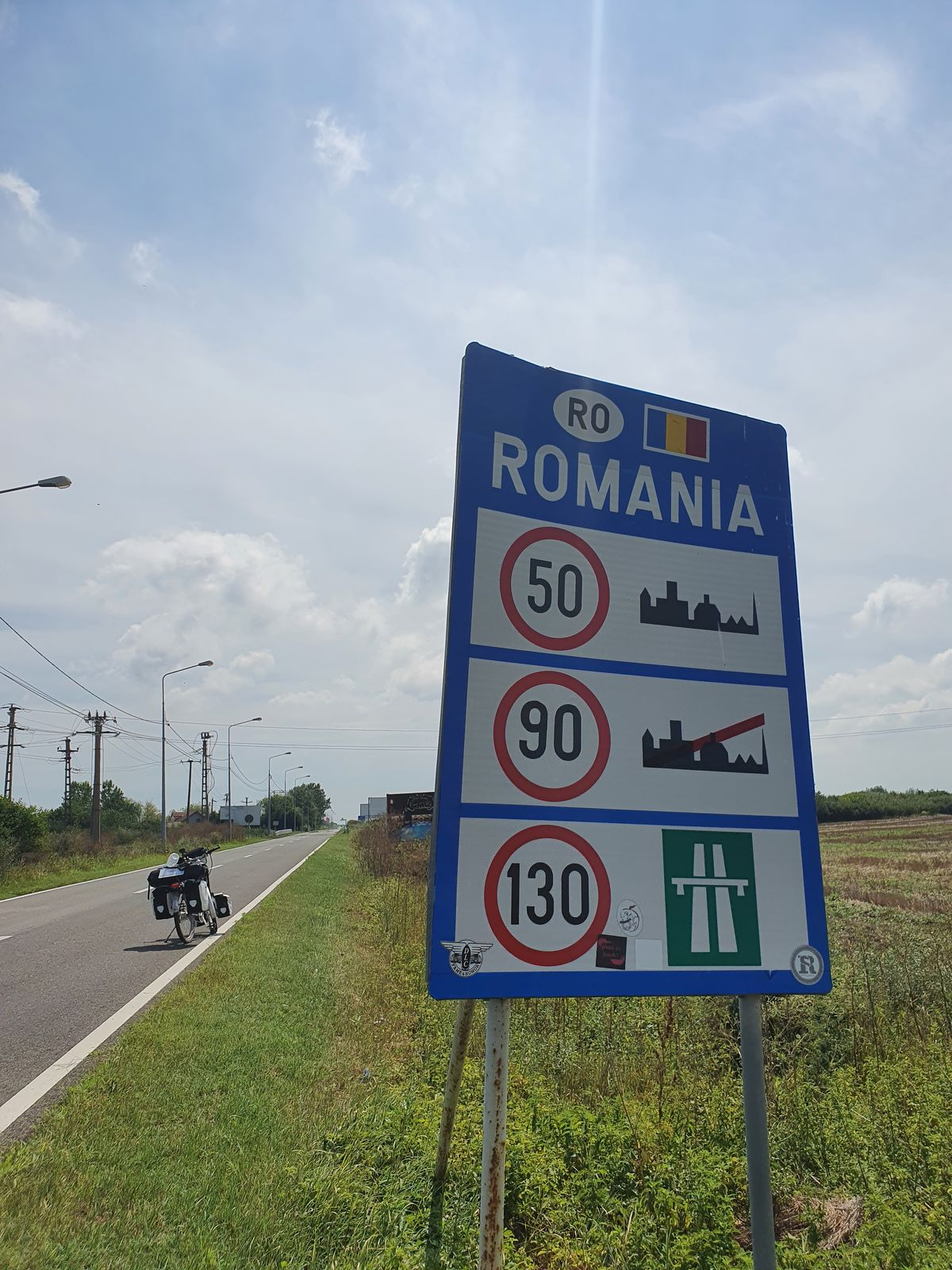 Gerade über die Grenze von Ungarn nach Rumänien bei Kiszombor