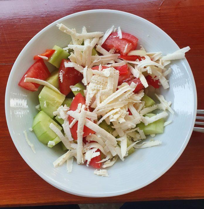 Bulgarischer Schopska Salat
