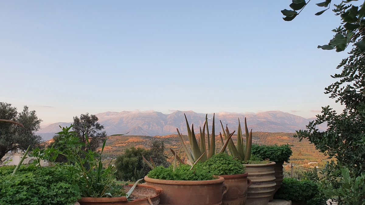 Kreta - Lockdown in Kamilari - Blick zum Psiloritis