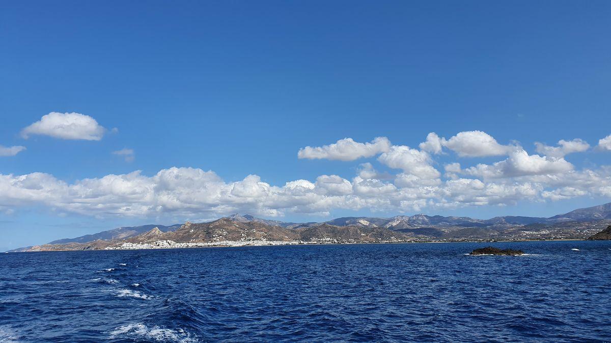 Naxos von der Fähre aus gesehen