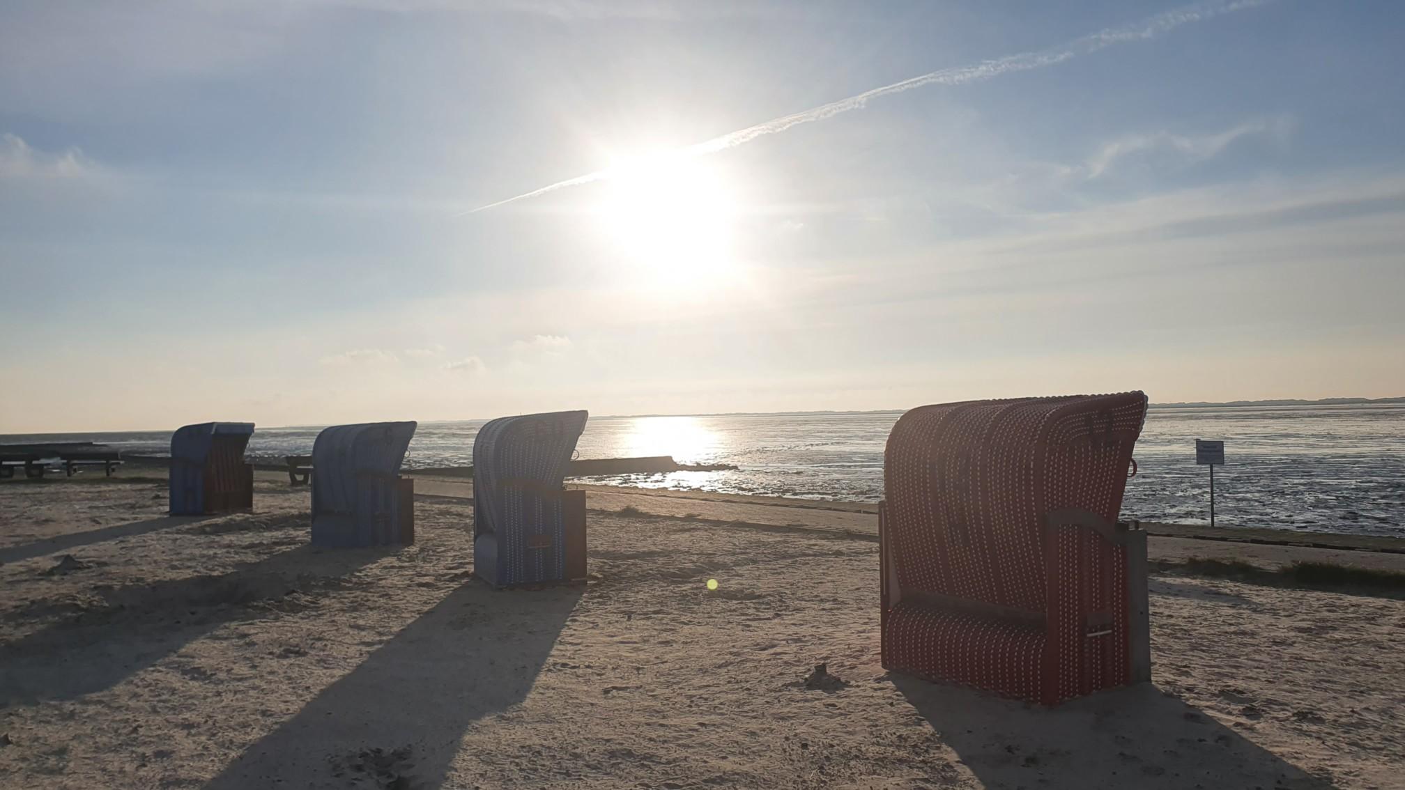 Strandkörbe bei Dornum
