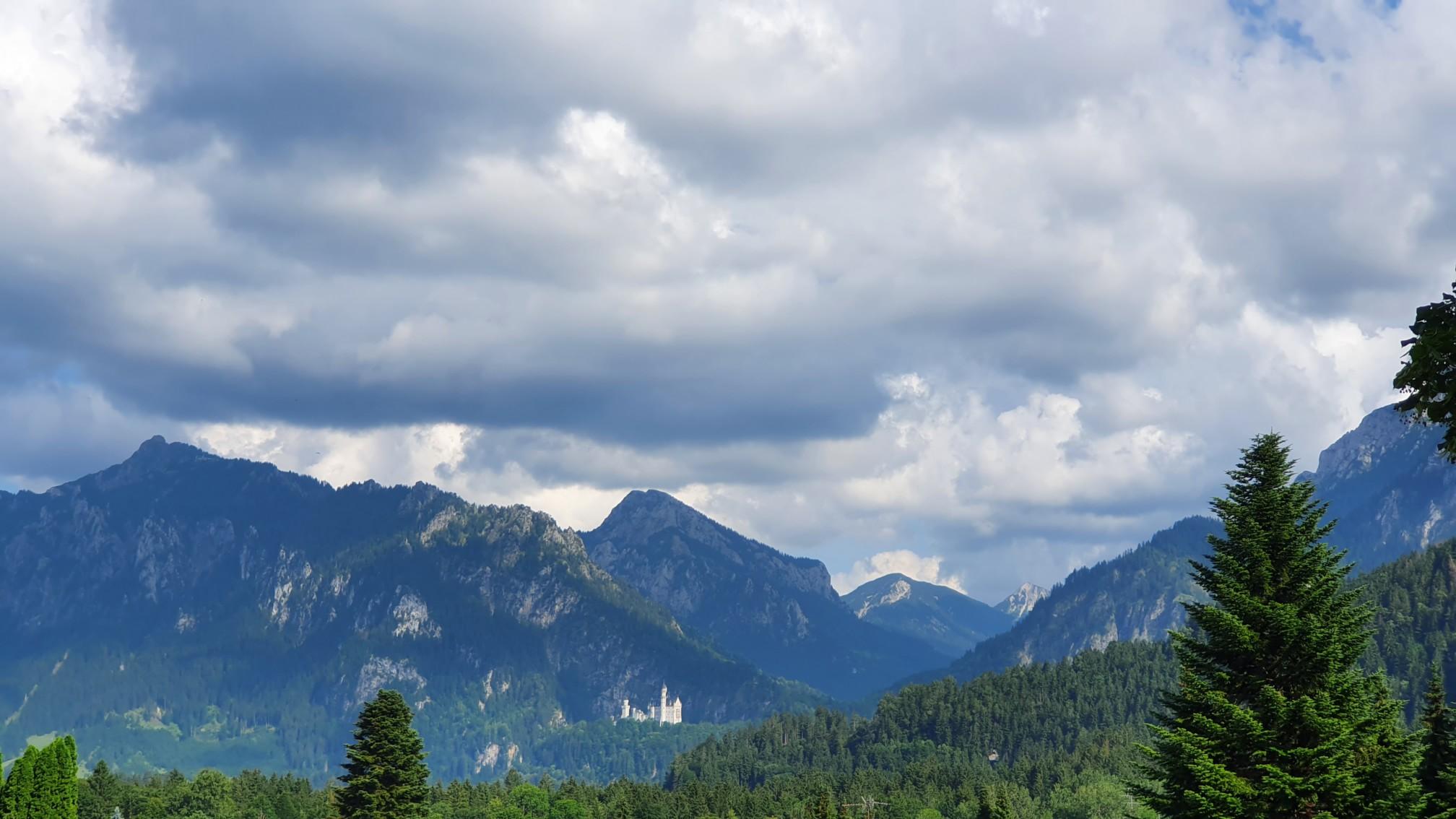 Blick Richtung Schloß Neuschwanstein