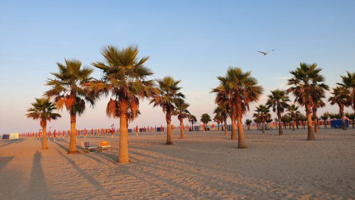 Chioggia - Strand von Camping Tropical