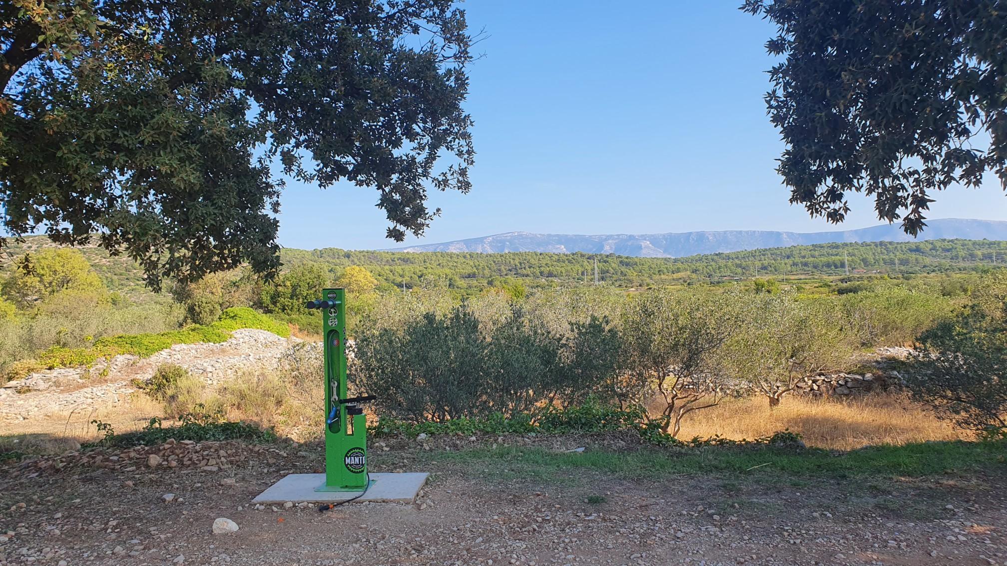 Fahrradstation bei Stali Grad auf Hvar