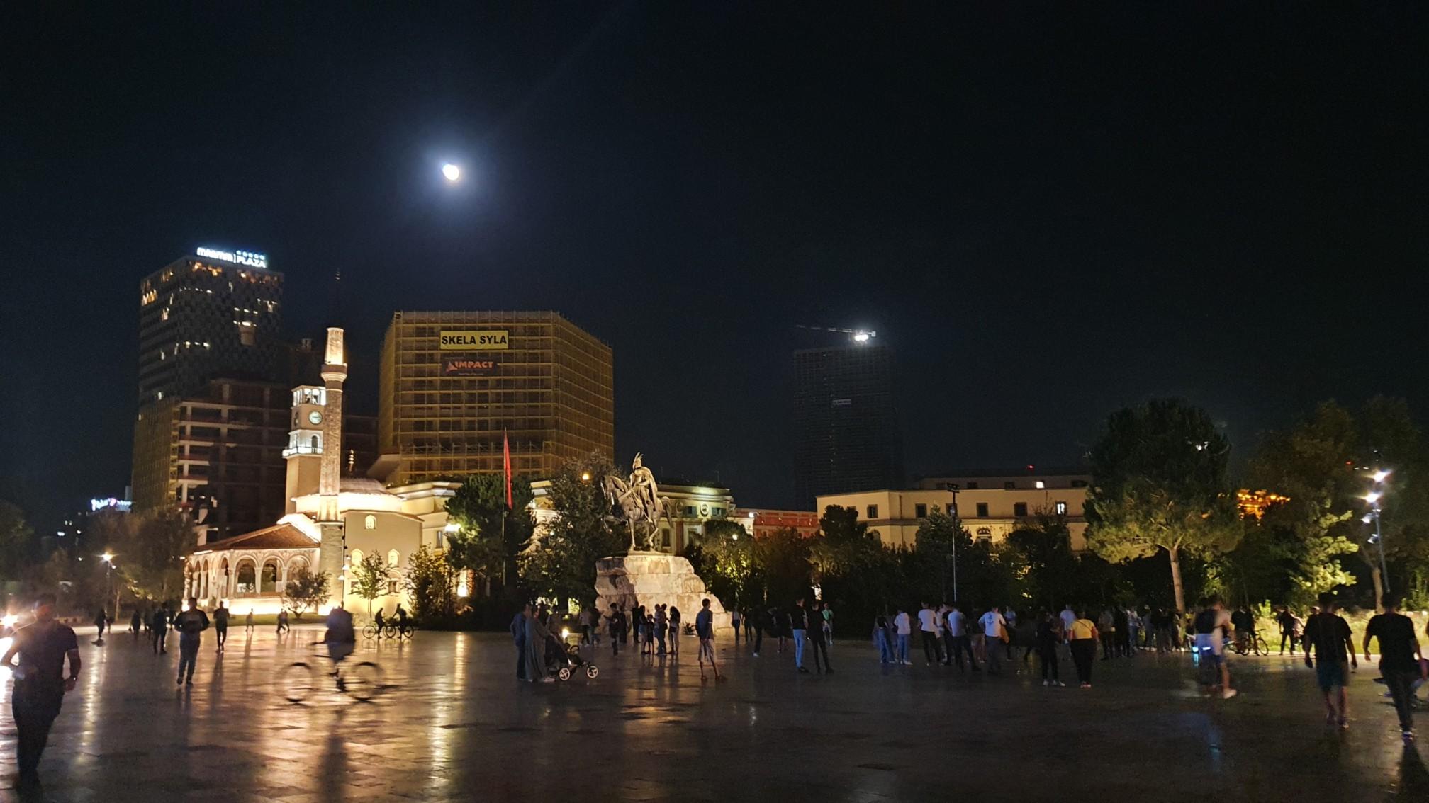 Tirana - Skanderbeg Platz